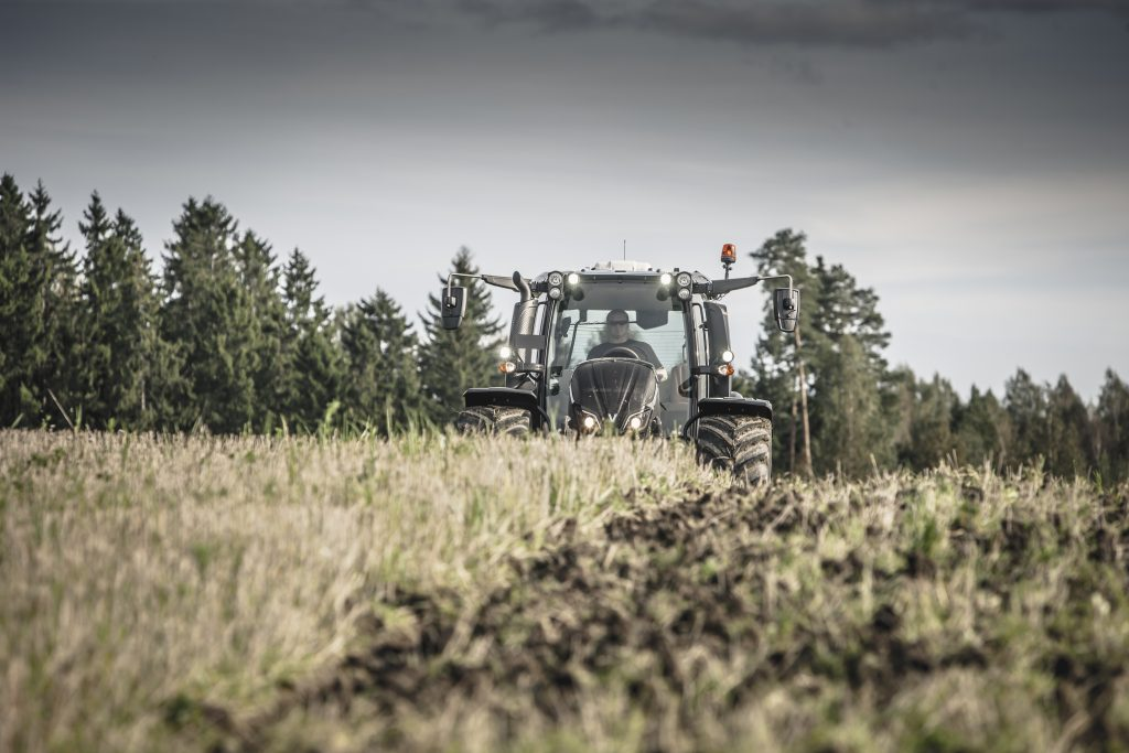 Tractor Valtra N 174 A
