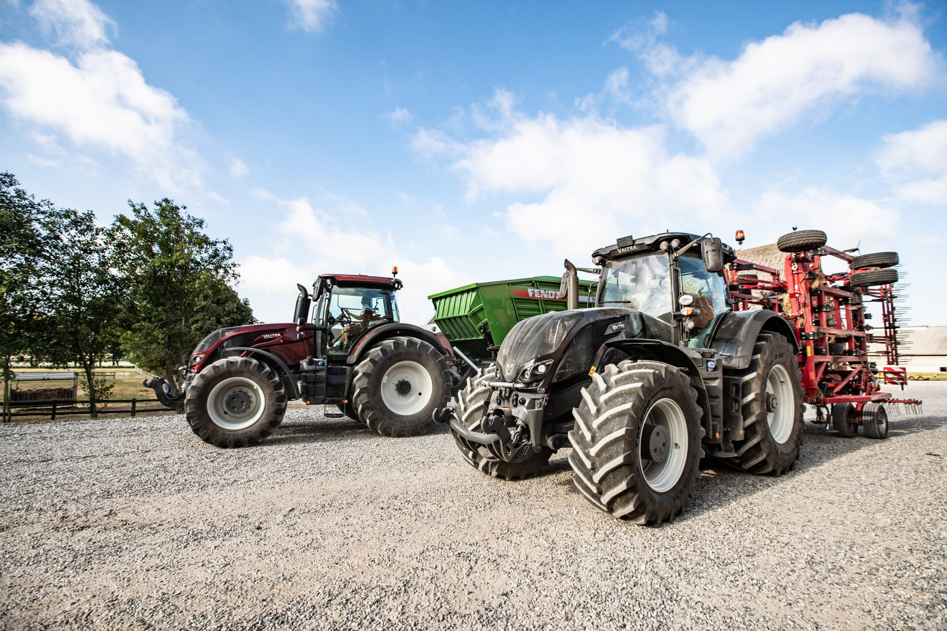 Tractor Valtra S 394 Smart Touch