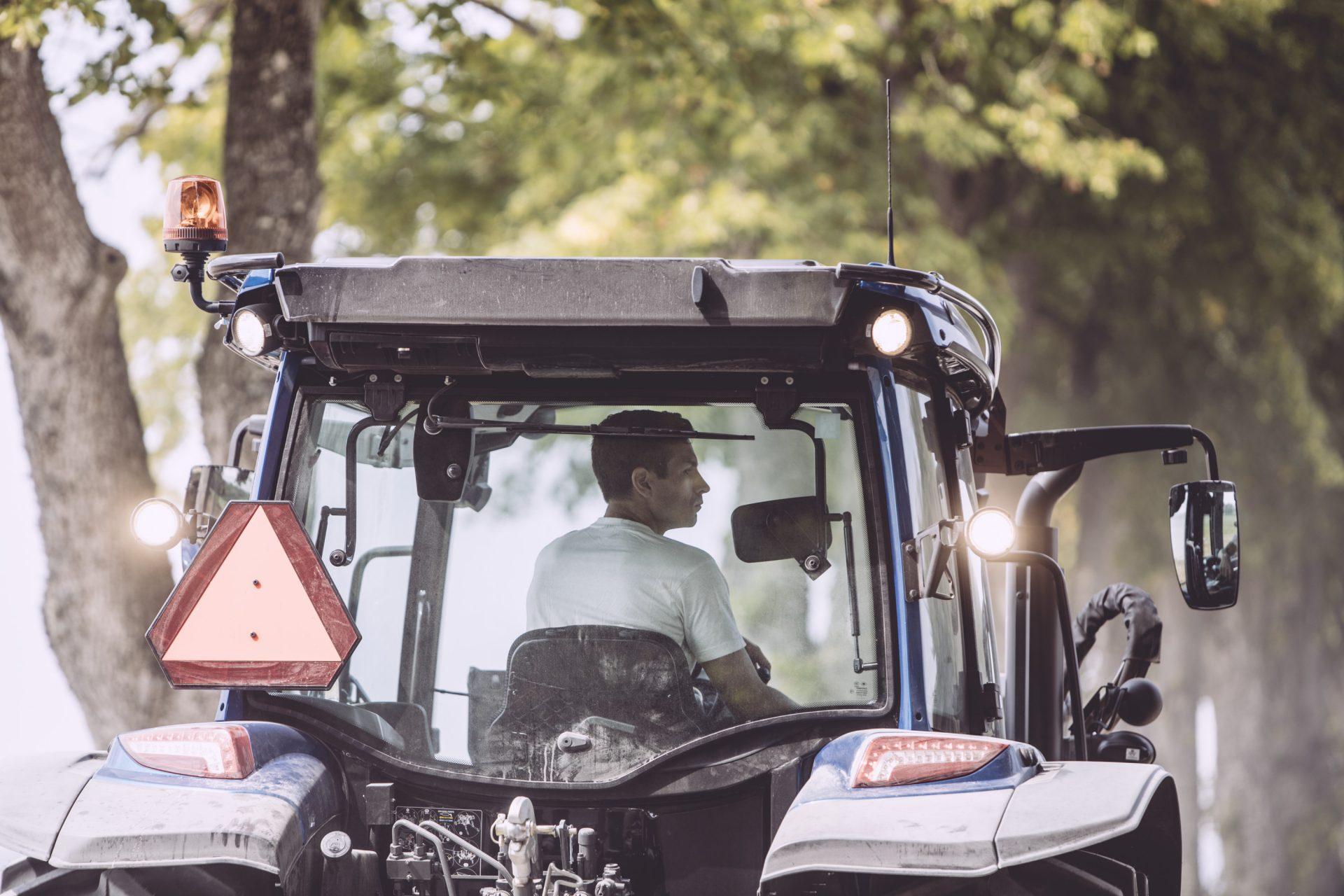 tractor Valtra A 84 SH
