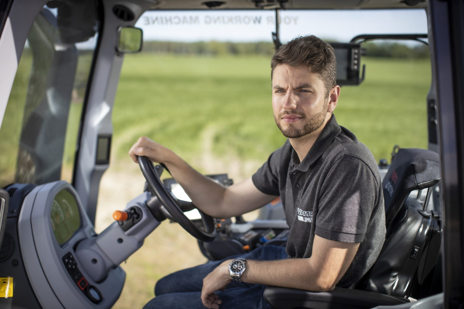 Tractor Valtra N 154E D Smart Touch