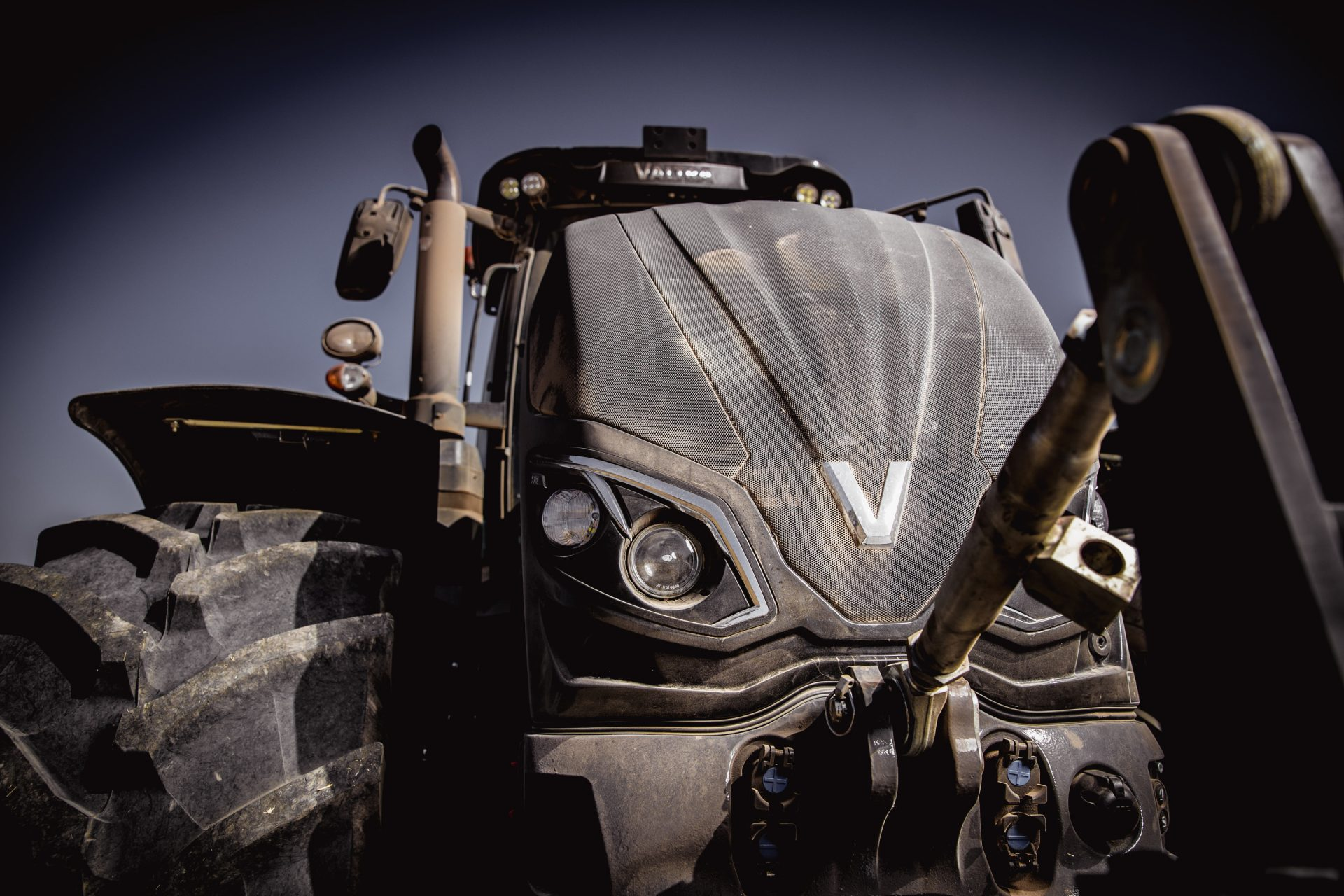 tractor Valtra S 374 Smart Touch
