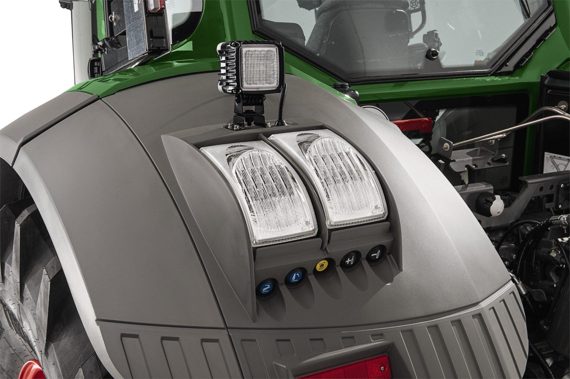 Tractor Fendt 718 Vario Profi Plus