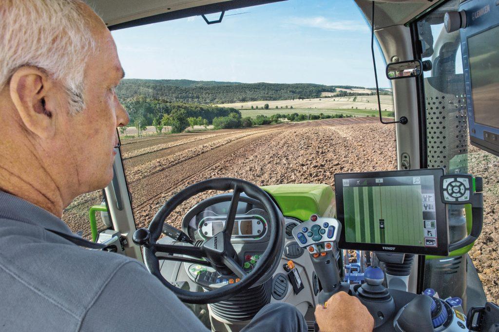 Tractor Fendt 718 Vario Profi