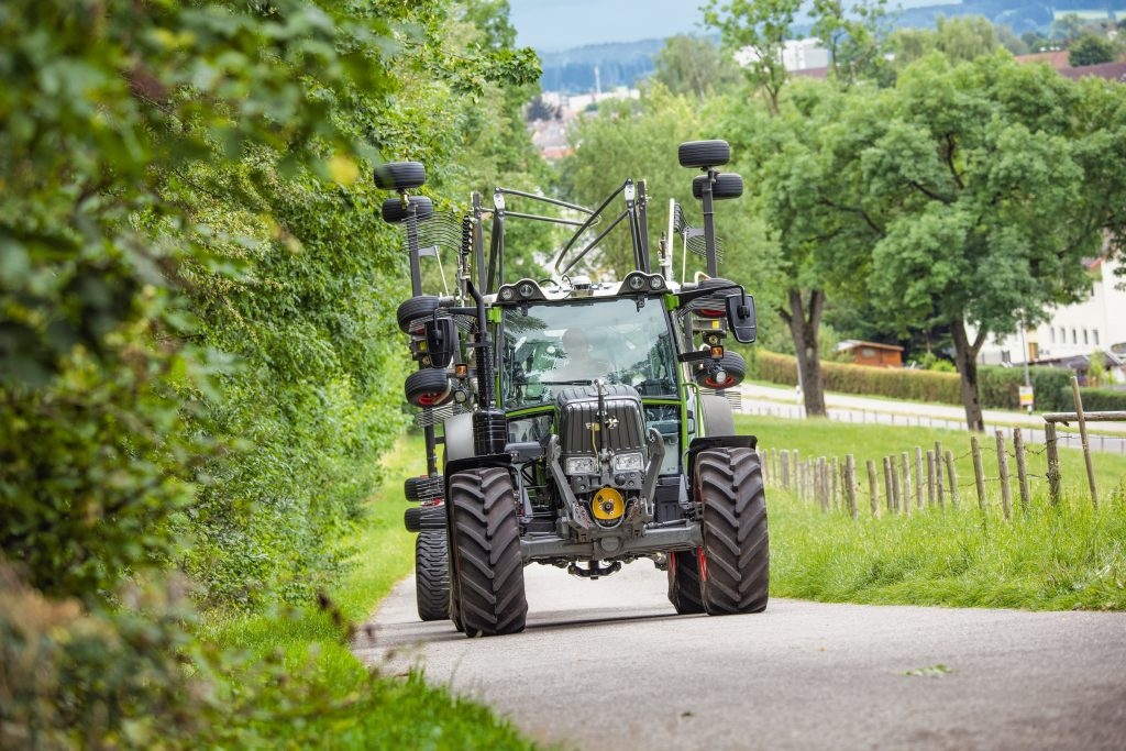 Tractor Fendt 208 Vario
