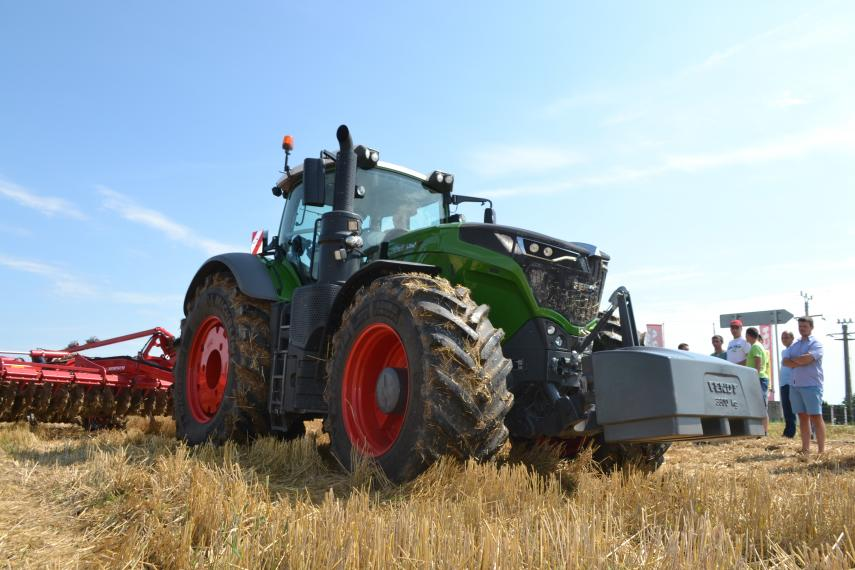 Tractor Fendt 1042 Vario Power Plus
