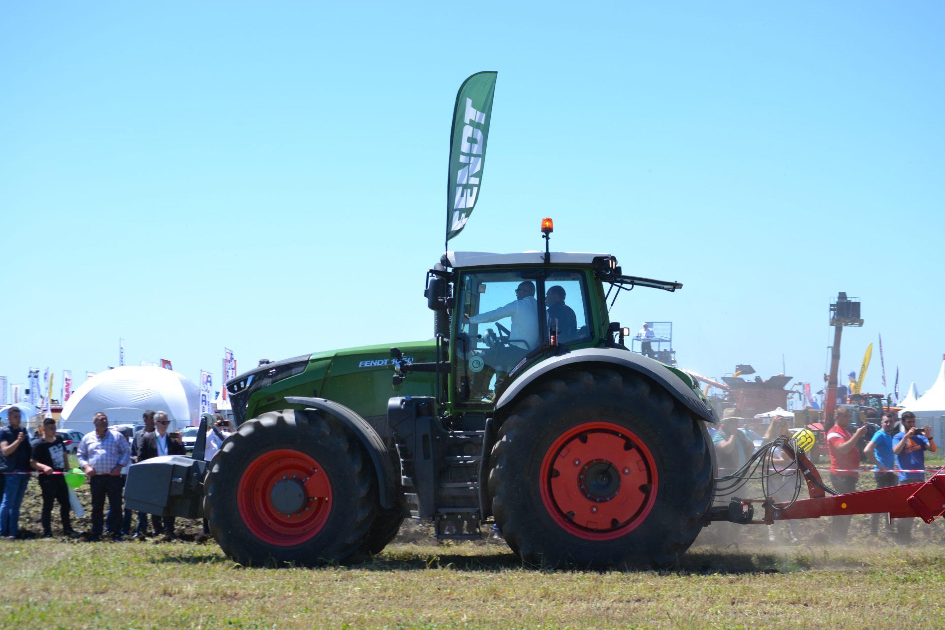 Tractor Fendt 1050 Vario Profi