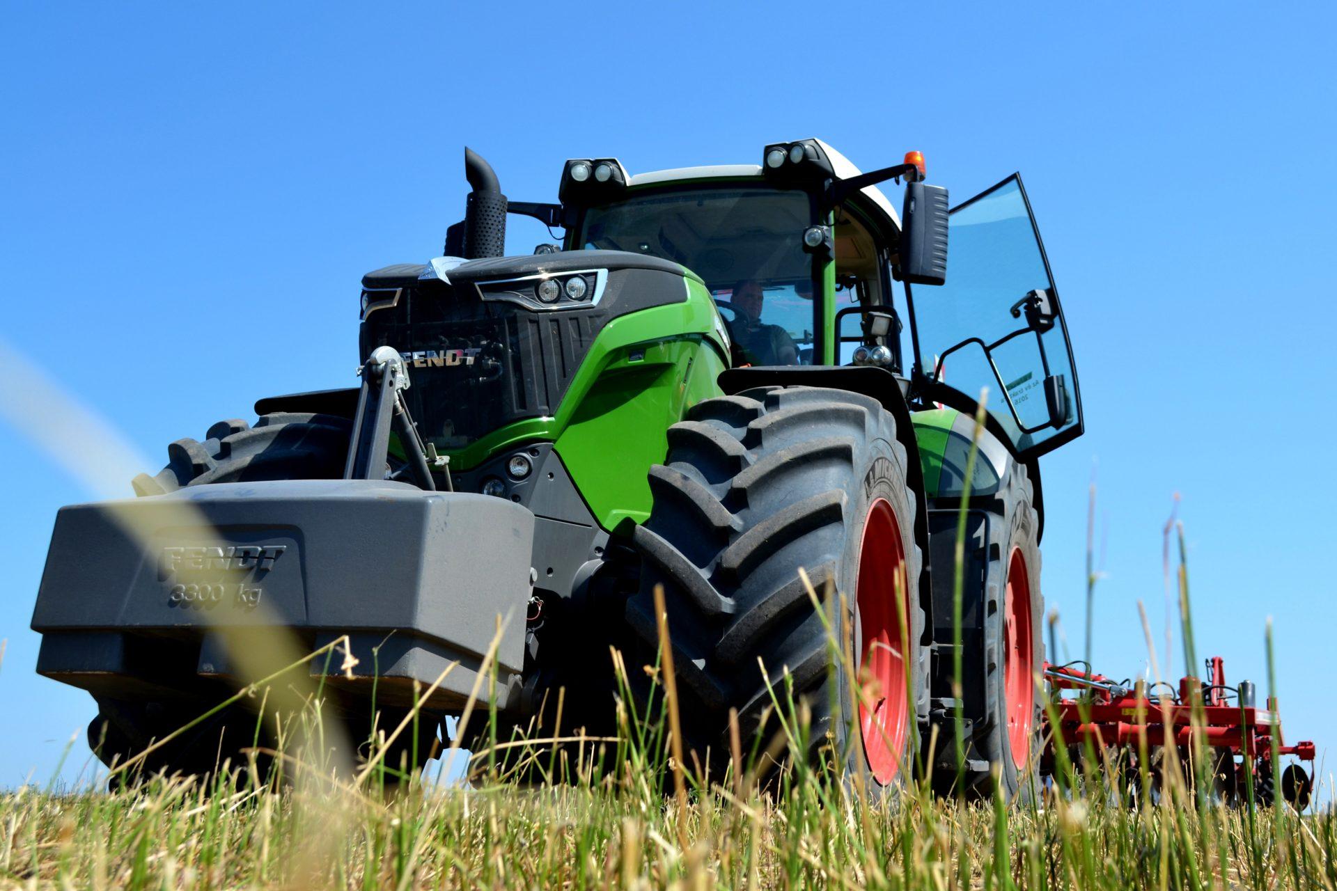 Tractor Fendt 1050 Vario Power Plus