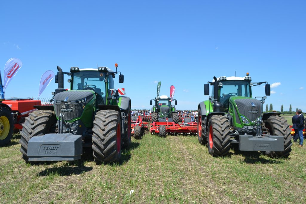 Tractoare Fendt 1050 Vario Profi Plus