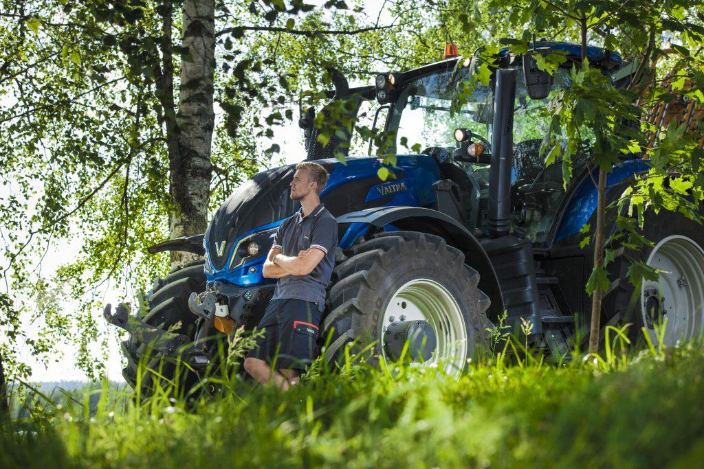 Tractor Valtra T 174 EA