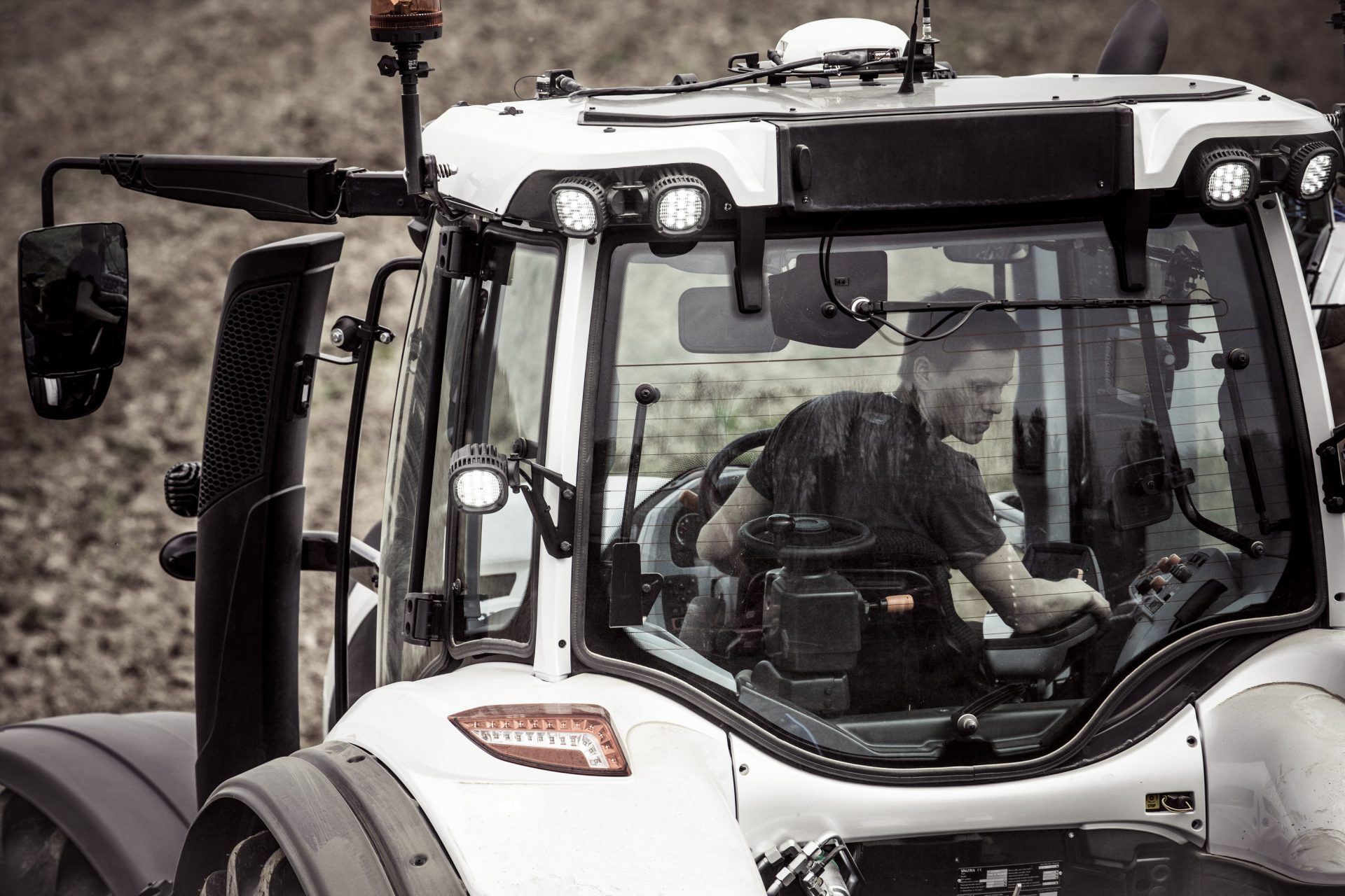 Tractor Valtra T 174 EH