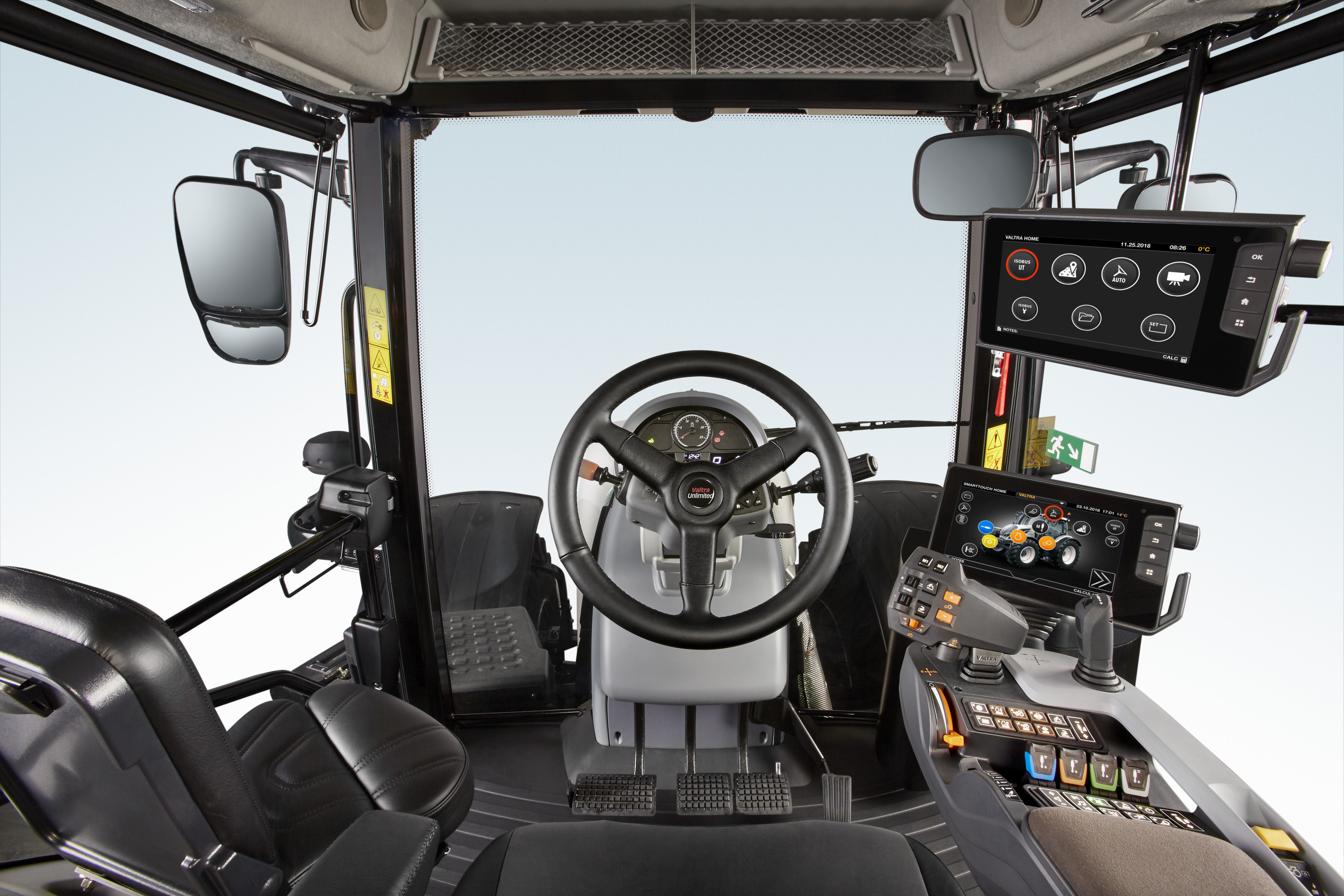 tractor Valtra S 274 Smart Touch interior