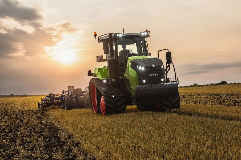 Tractor Fendt 943 Vario MT