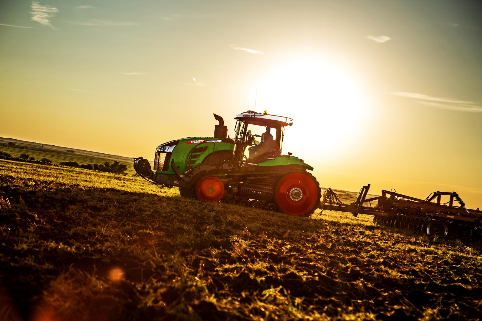 Tractor Fendt 1154 MT