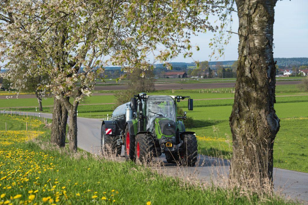 Tractor Fendt 311 Vario