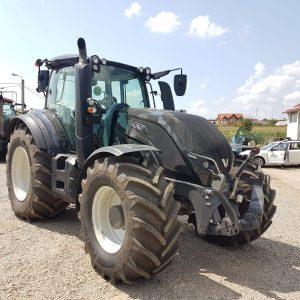 Tractor Valtra T 214D