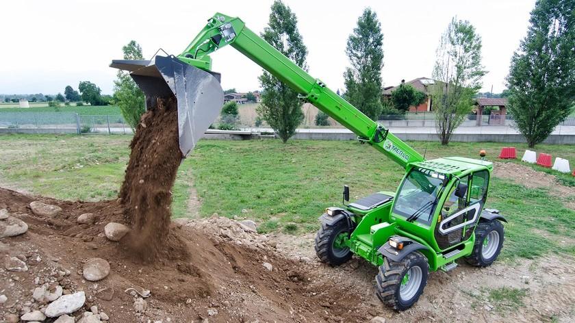 Utilaje agricole Merlo Turbofarmer 38.10-140 in functiune