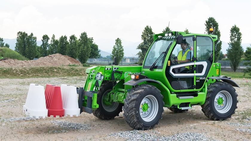 Utilaje industriale si agricole-Merlo Turbofarmer 38.10-140