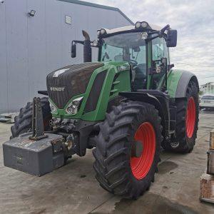 Tractor FENDT 828 Vario S4 Power, bară de tracțiune
