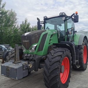 Tractor FENDT 828 Vario S4 Power second hand, suport prindere greutate frontală
