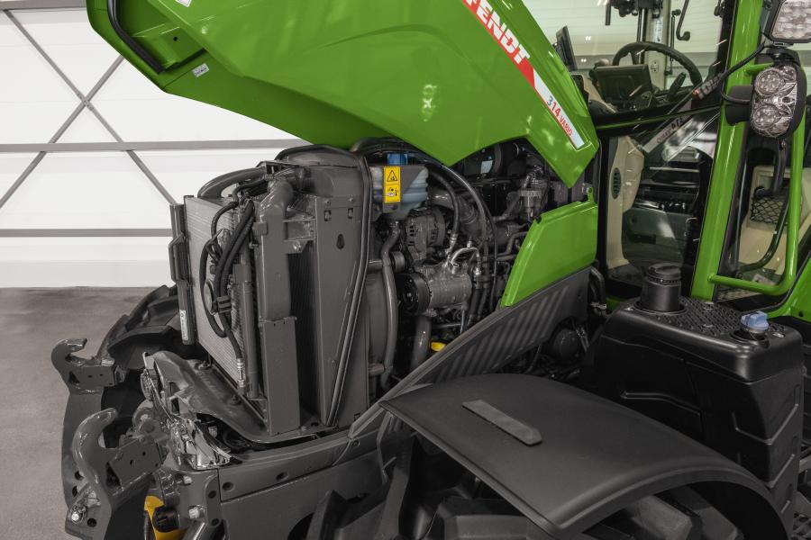 Tractor Fendt 300 Vario Power